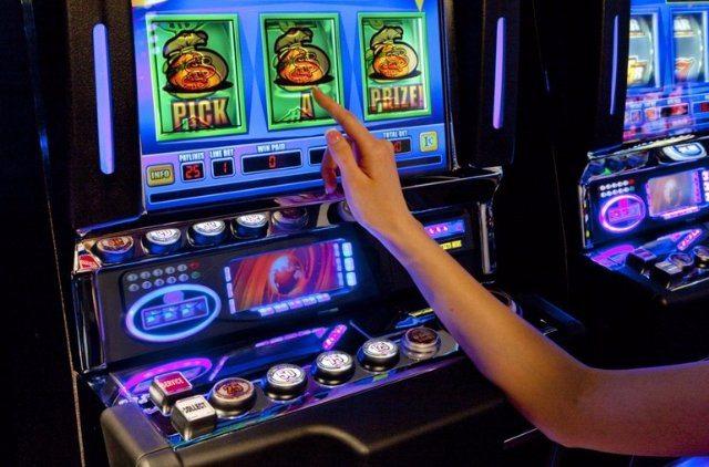 Онлайн казино Booi - автоматы в вашем компьютере!